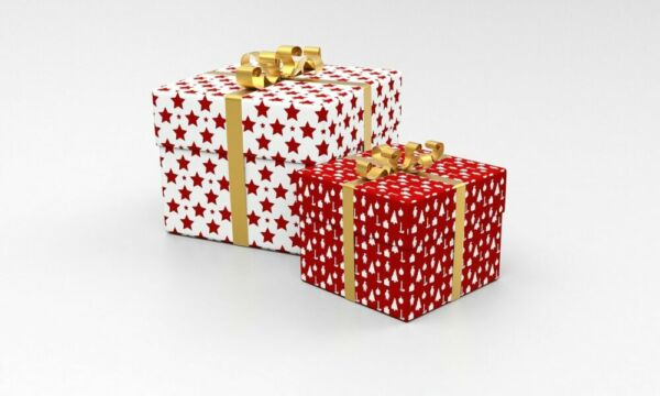 Presents Packages Gifts Boxes  - qimono / Pixabay